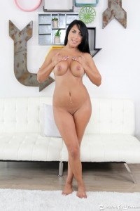 MilaHoustonsFirstAnal_MVFT-3